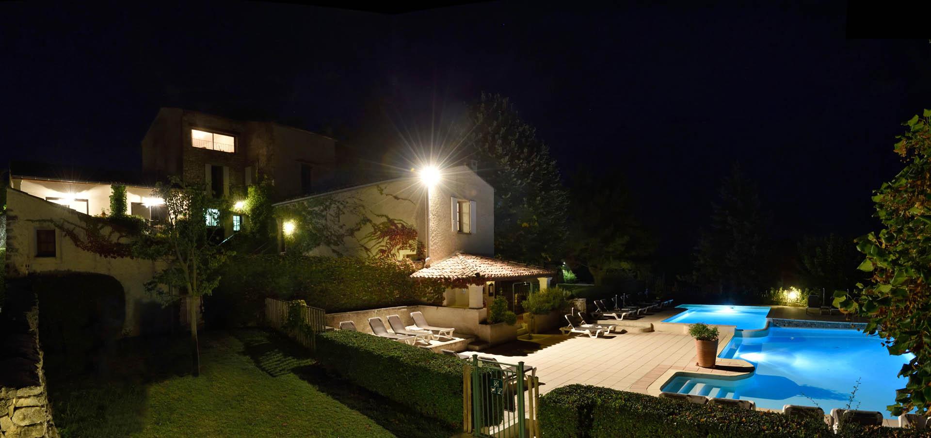 40 piscine nuit